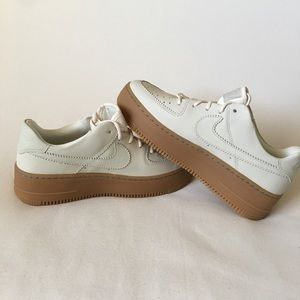 Nike Women's Air Force 1 Sage Low LX Pale Ivory